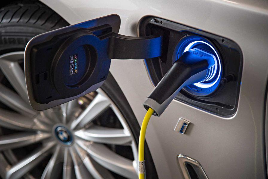 BMW Group France et ZEPLUG signent un partenariat