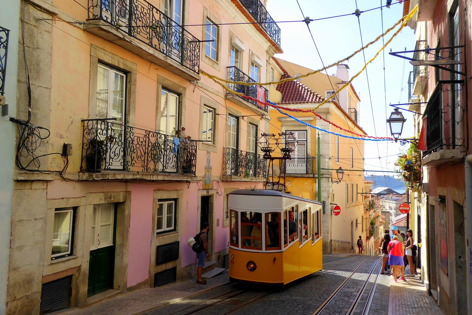 Un quiz insolite pour gagner un week-end  à Lisbonne et découvrir l'incroyable ascenseur de Santa Justa