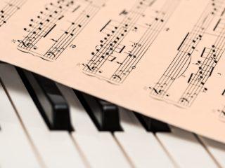 Étude Institut Marquès : Quelle musique stimule le plus les bébés ?